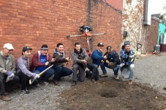 Christmas-Tree-raising-at-Locke-Street-sm
